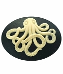 40x30mm Black and Creme Octopus sea creature Resin Cameo 896x