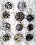 Antique Buttons Lot 10pcs. Sewing Collectable Flower Design  B512