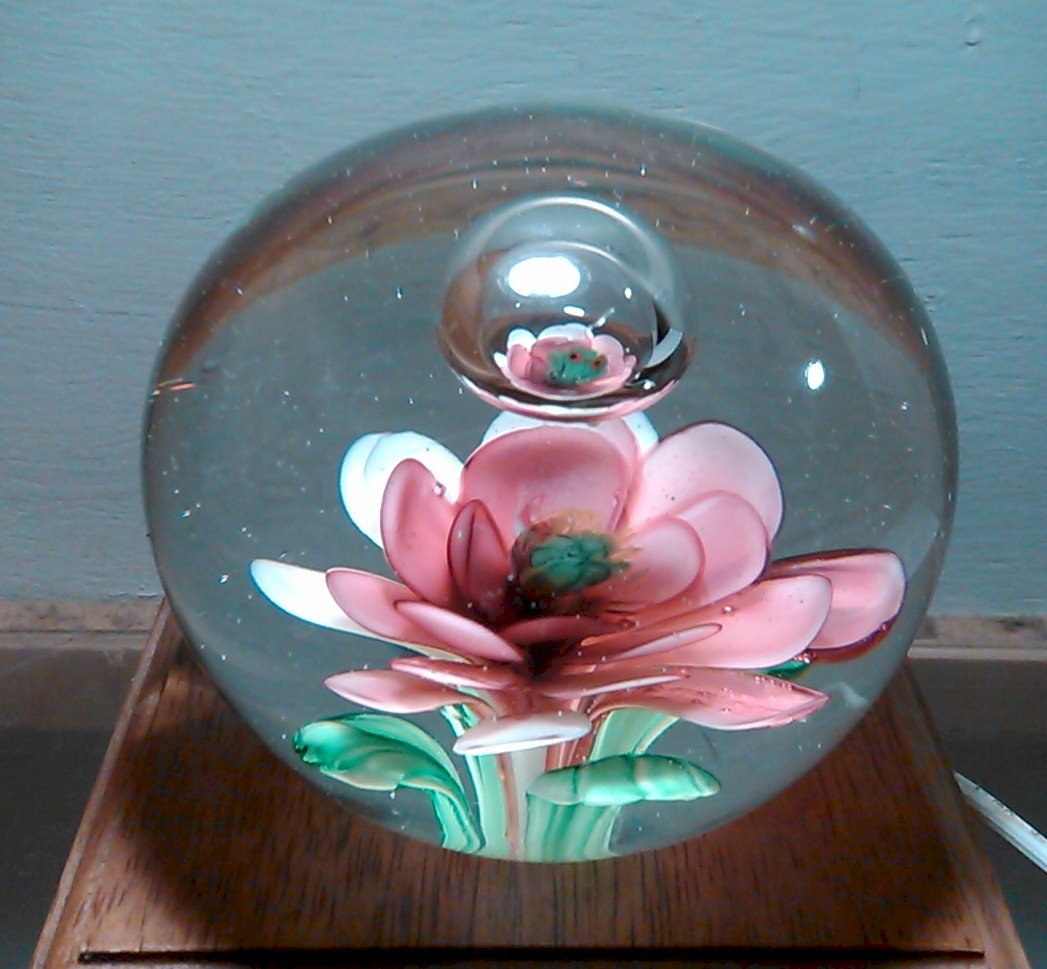 Sold Vintage Chinese Art Glass Paperweight Frog On Pink Flower