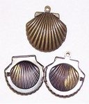 Small Antique Bronze Sea Shell antique bronze Locket 644x