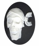 Resin Cameo 40x30mm black pirate skeleton skull with bandanna 983q