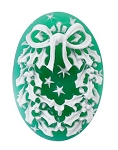 25x18mm Christmas Holiday Wreath Green White Resin Cameo Cabochon S4004
