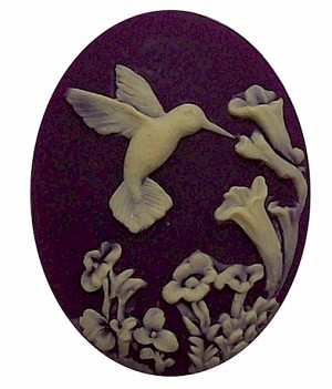 25x18mm Purple Hummingbird Resin Cameo Cabochon  525x