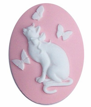 40x30 Resin Cat Cameo with Butterflies Pink and White 606x